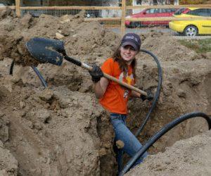 girl with shovel